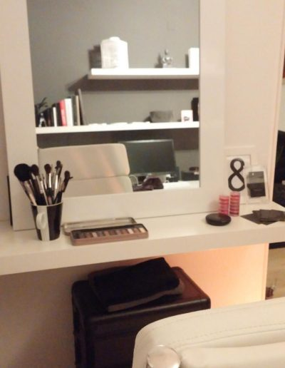 Make Up Bar 2